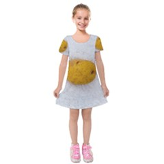 Hintergrund Salzkartoffel Kids  Short Sleeve Velvet Dress