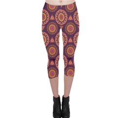 Abstract Seamless Mandala Background Pattern Capri Leggings