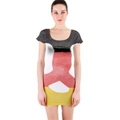 Pretzel in Hand-Painted Water Colors of German Flag Short Sleeve Bodycon Dress