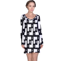 Abstract Pattern Background  Wallpaper In Black And White Shapes, Lines And Swirls Long Sleeve Nightdress