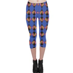 Abstract Lines Seamless Pattern Capri Leggings