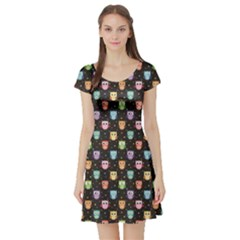 Black Pattern With Colorful Owls On Dark Short Sleeve Skater Dress
