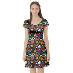 Colorful Flowers Skulls And Hearts Pattern Short Sleeve Skater Dress