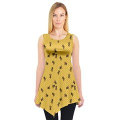 Yellow Pattern Of The Bee On Honeycombs Sleeveless Tunic Top