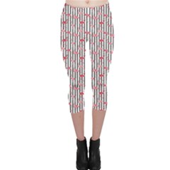 Pink Flamingo Bird Retro Pattern In Capri Leggings