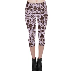 Purple Pattern On Pirate Theme With Objects And Elements Capri Leggings