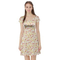 Colorful Kawaii Pattern With Cute Cakes Short Sleeve Skater Dress