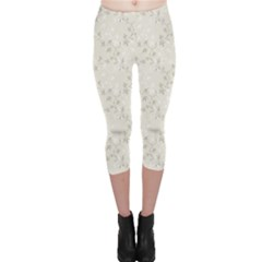 Gray Elegance Pattern Flowers Ornament Capri Leggings