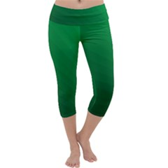 Green Beach Fractal Backdrop Background Capri Yoga Leggings