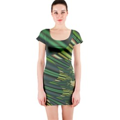 A Feathery Sort Of Green Image Shades Of Green And Cream Fractal Short Sleeve Bodycon Dress
