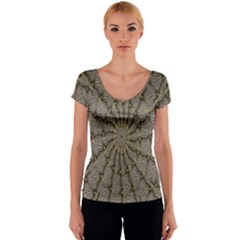 Abstract Image Showing Moiré Pattern Women s V-Neck Cap Sleeve Top