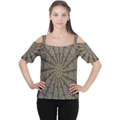 Abstract Image Showing Moir¨  Pattern Women s Cutout Shoulder Tee