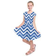Background Of Blue Wavy Lines Kids  Short Sleeve Dress