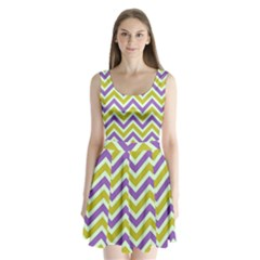 Zig zags pattern Split Back Mini Dress