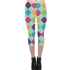 Colorful Quatrefoil Pattern Wallpaper Background Design Capri Leggings