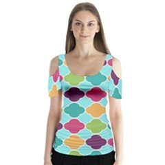 Colorful Quatrefoil Pattern Wallpaper Background Design Butterfly Sleeve Cutout Tee