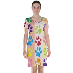 Colorful Animal Paw Prints Background Short Sleeve Nightdress