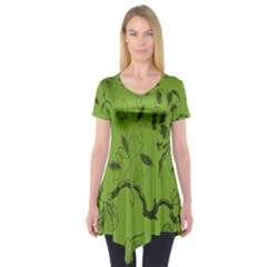 Abstract Green Background Natural Motive Short Sleeve Tunic