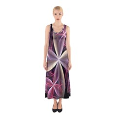 Pink And Cream Fractal Image Of Flower With Kisses Sleeveless Maxi Dress