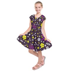 Flowers Floral Background Colorful Vintage Retro Busy Wallpaper Kids  Short Sleeve Dress