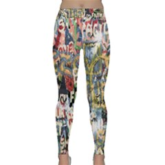 Graffiti Wall Pattern Background Classic Yoga Leggings