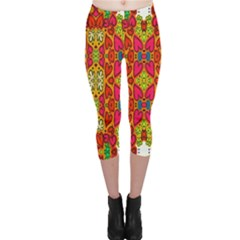 Abstract Background Design With Doodle Hearts Capri Leggings