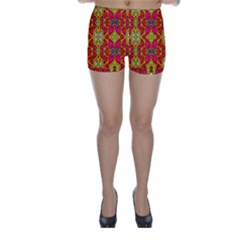 Abstract Background Design With Doodle Hearts Skinny Shorts