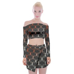 Cadenas Chinas Abstract Design Pattern Off Shoulder Top With Skirt Set