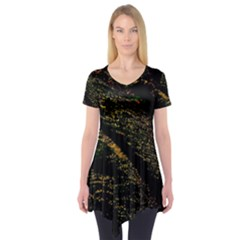 Abstract Background Short Sleeve Tunic