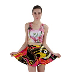 Abstract Clutter Pattern Baffled Field Mini Skirt