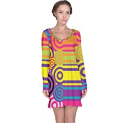 Retro Circles And Stripes Colorful 60s And 70s Style Circles And Stripes Background Long Sleeve Nightdress