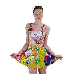 Abstract Flowers Design Mini Skirt