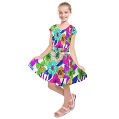 Floral Colorful Background Of Hand Drawn Flowers Kids  Short Sleeve Dress