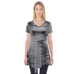 Rectangle Abstract Background Black And White In Rectangle Shape Short Sleeve Tunic