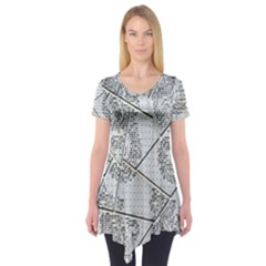 The Abstract Design On The Xuzhou Art Museum Short Sleeve Tunic