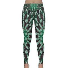 Abstract Green Patterned Wallpaper Background Classic Yoga Leggings