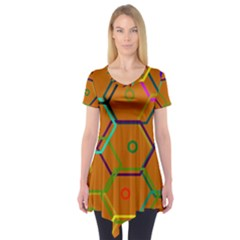 Color Bee Hive Color Bee Hive Pattern Short Sleeve Tunic