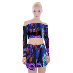 Grunge Abstract In Black Grunge Effect Layered Images Of Texture And Pattern In Pink Black Blue Red Off Shoulder Top With Skirt Set