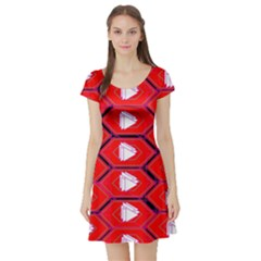 Red Bee Hive Background Short Sleeve Skater Dress