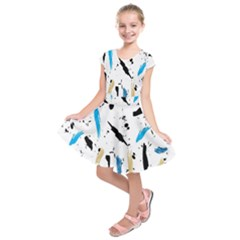 Abstract Image Image Of Multiple Colors Kids  Short Sleeve Dress