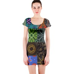 Digitally Created Abstract Patchwork Collage Pattern Short Sleeve Bodycon Dress