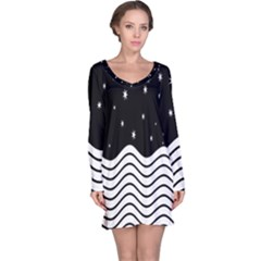 Black And White Waves And Stars Abstract Backdrop Clipart Long Sleeve Nightdress