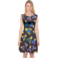Bees Animal Insect Pattern Capsleeve Midi Dress