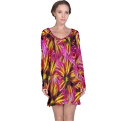 Floral Pattern Background Seamless Long Sleeve Nightdress