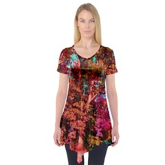 Abstract Fall Trees Saturated With Orange Pink And Turquoise Short Sleeve Tunic