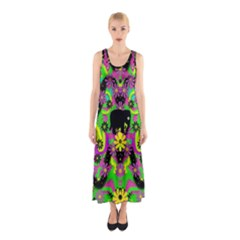 Jungle life and apples Sleeveless Maxi Dress