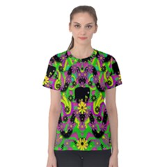Jungle life and apples Women s Cotton Tee