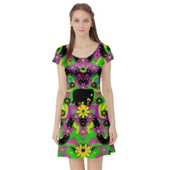Jungle life and apples Short Sleeve Skater Dress