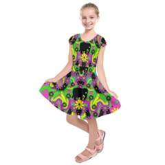 Jungle Life And Apples Kids  Short Sleeve Dress