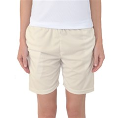 Gardenia Cream in an English Country Garden Women s Basketball Shorts